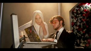 GUNNARS and SkyDoesMinecraft in the new Lady Gaga G.U.Y. music video!